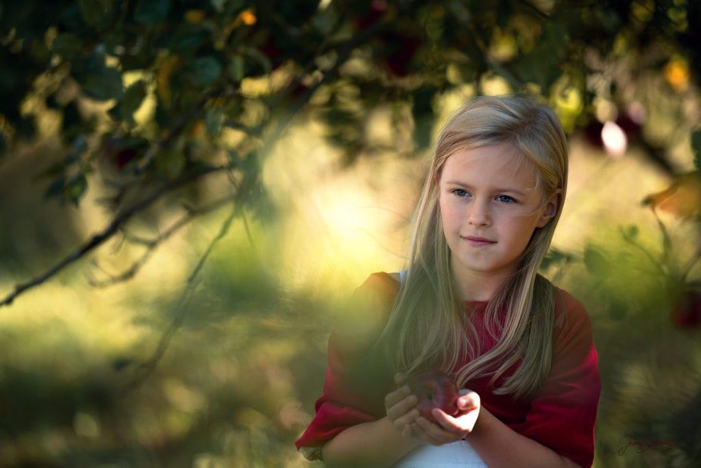 Dziewczęca sesja plenerowa