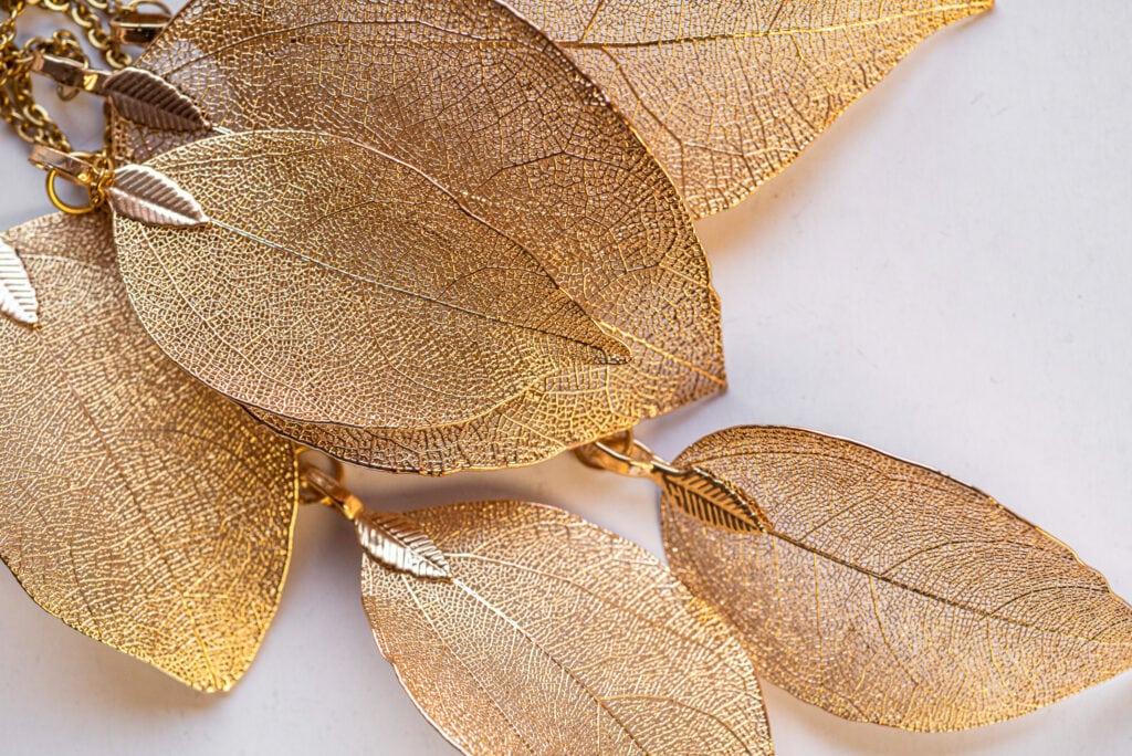 Biżuteria różowe złoto zdjęcie reklamowe
